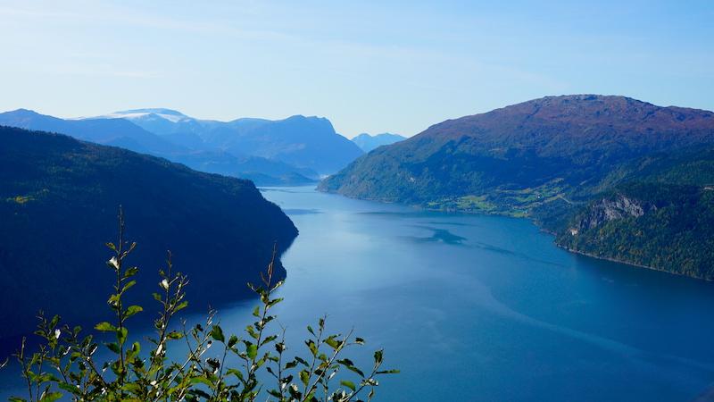 Blick in die Fjorde von der Panorama-Straße