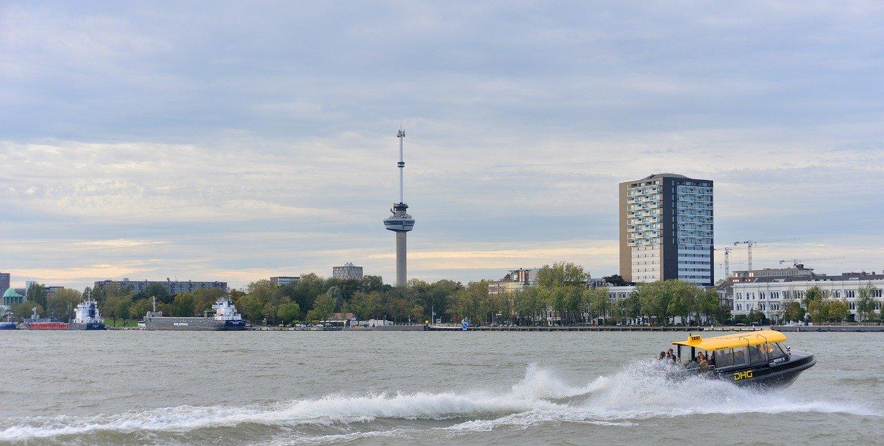 Der Euromast in Rotterdam